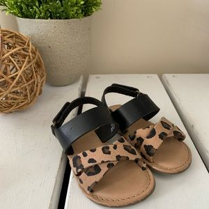 Old Navy | Baby Girl Cheetah Sandals size 5